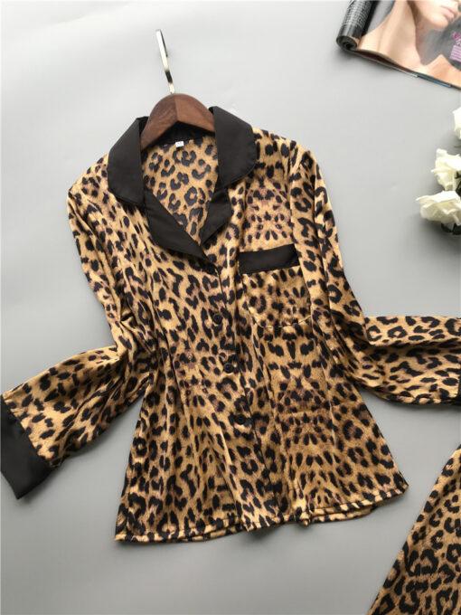 Classic Leopard Print Women Pajamas 2