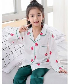 Classy Prints Mother and Daughter Twinning Pajamas 5