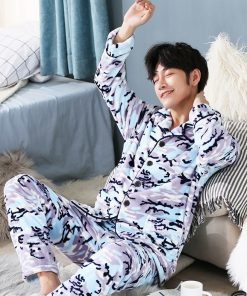 Men Soft and Cozy Winter Pajamas 7