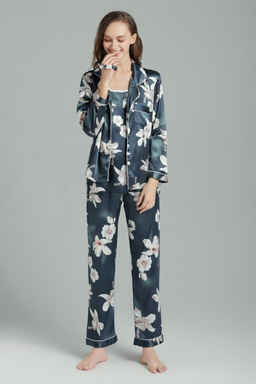 Cute floral Pajamas for Women 3