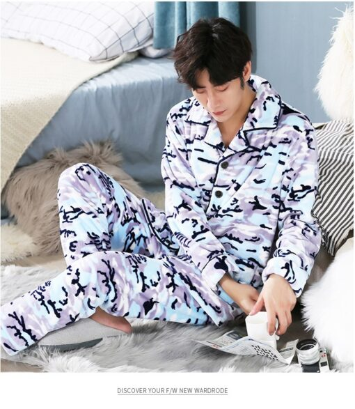 Men Soft and Cozy Winter Pajamas 5