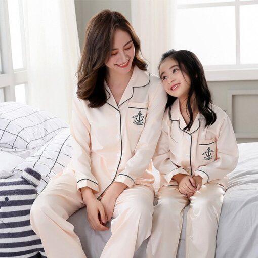Cute Printed Pajamas For Mother and Daughter 1