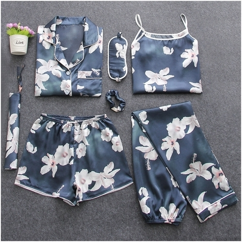 Cute floral Pajamas for Women 1