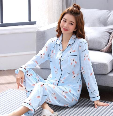 Cheerful Women's  Cartoon Print Pajamas 1