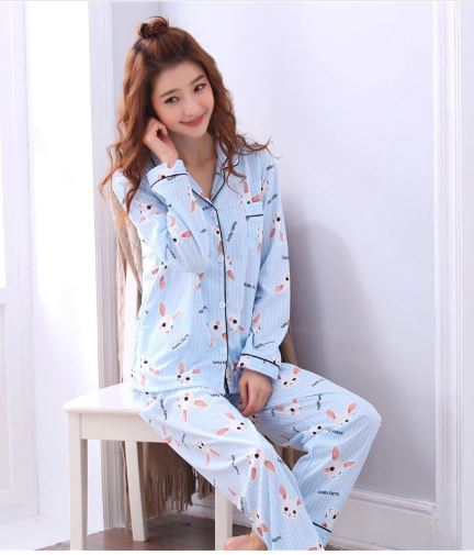 Cheerful Women's  Cartoon Print Pajamas 2