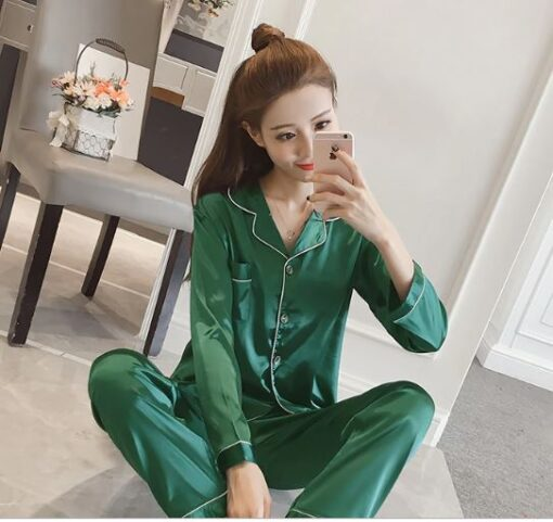 Women Solid Color Silk Pajamas 1