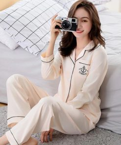 Cute Printed Pajamas For Mother and Daughter 4