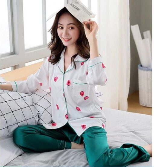 Classy Prints Mother and Daughter Twinning Pajamas 3