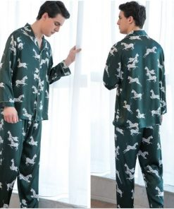 Voguish Printed Couple Pajamas 7