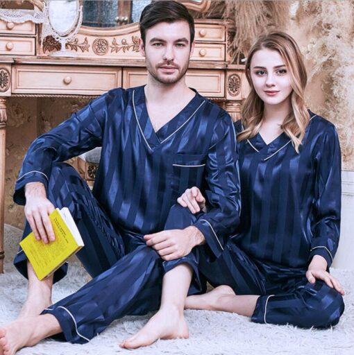 Long sleeve couple sleepwear for Girlfriend and Boyfriend 4